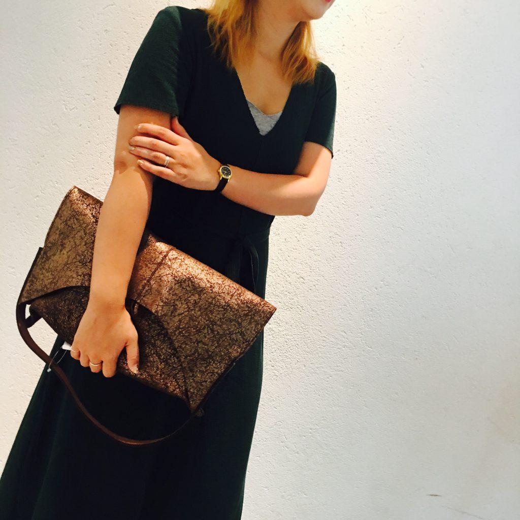 スクラップブック 渋谷 ikot イコット クラッチバッグ バッグ