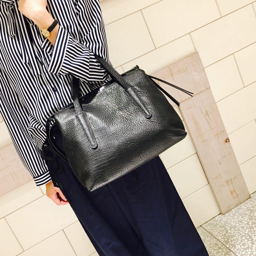 スクラップブック 渋谷 ヒカリエ ジャンニキャリーニ トートバッグ バッグ