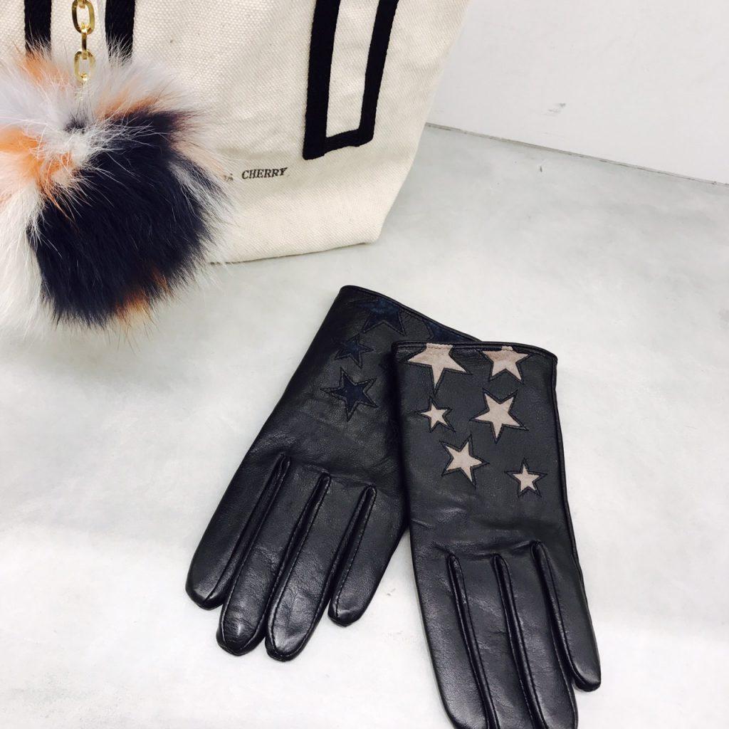 scrap book スクラップブック ルミネ 新宿 キャセリーニ 星柄 手袋