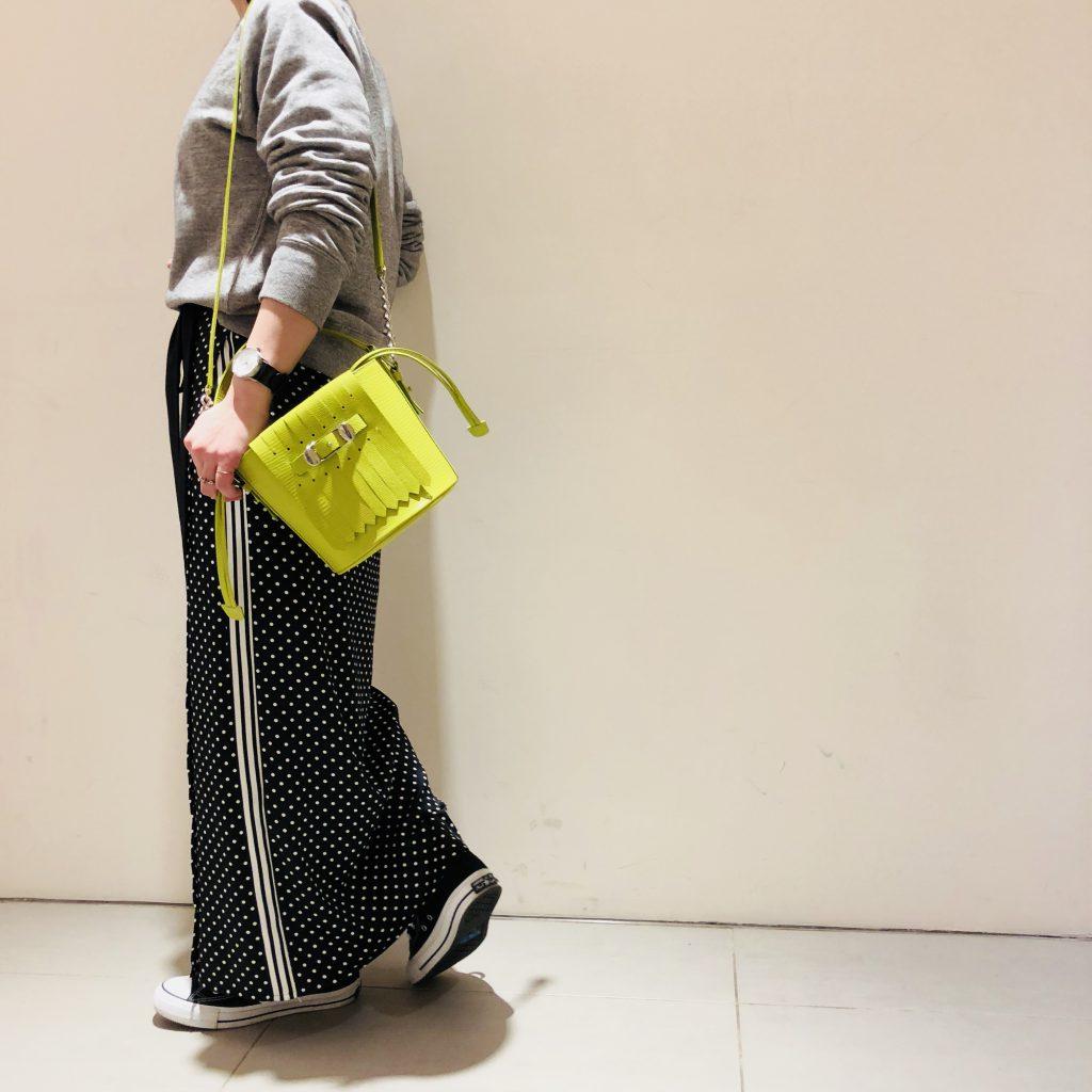 スクラップブック ScrapBook トフアンドロードストーン TOFF&LOADSTONE バケツ型バッグ ショルダーバッグ 春物バッグ 春色 ネオンイエロー