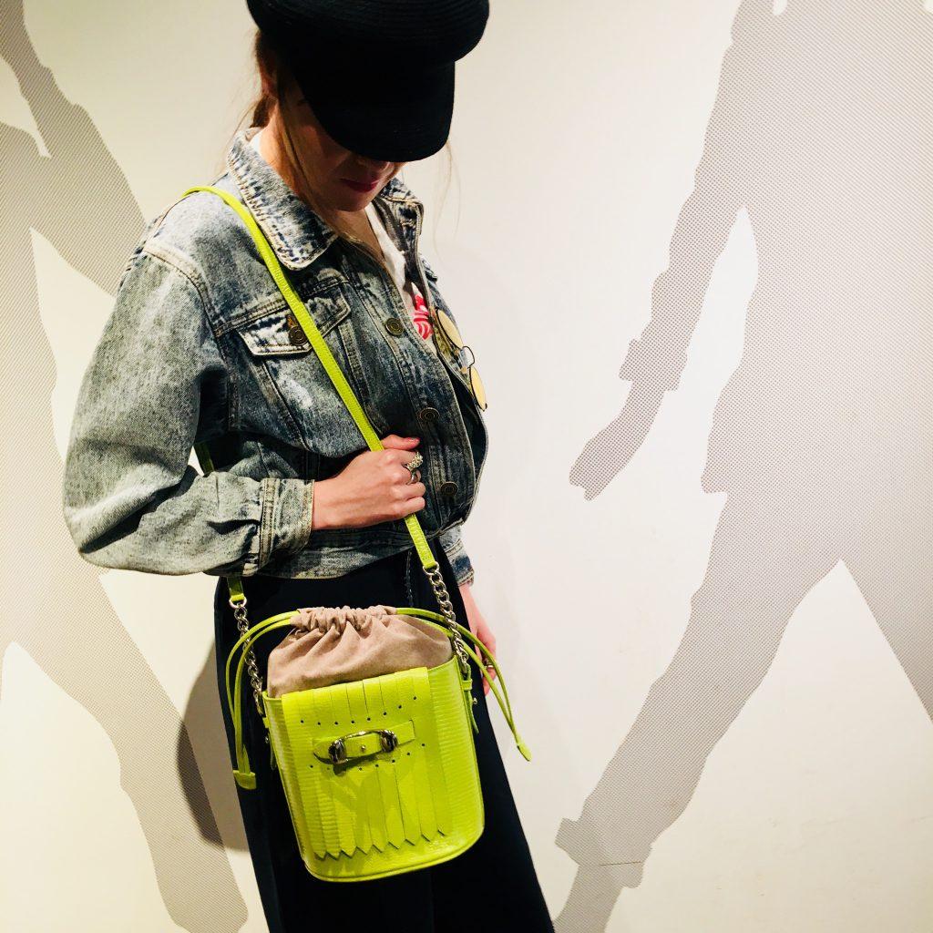 スクラップブック 渋谷 ヒカリエ トフ&ロードストーン bag バッグ 巾着ショルダー