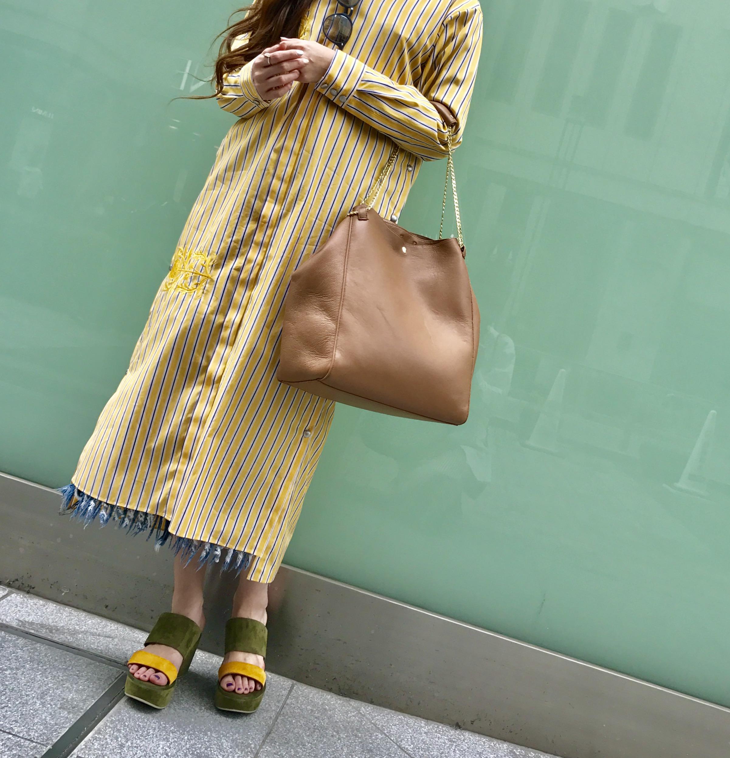 Donnaruma Scrap Book スクラップブック ドンナルンマ 有楽町マルイ 可愛い tote bag トートバッグ 軽い レザーバッグ leather bag 日本ブランド お仕事用