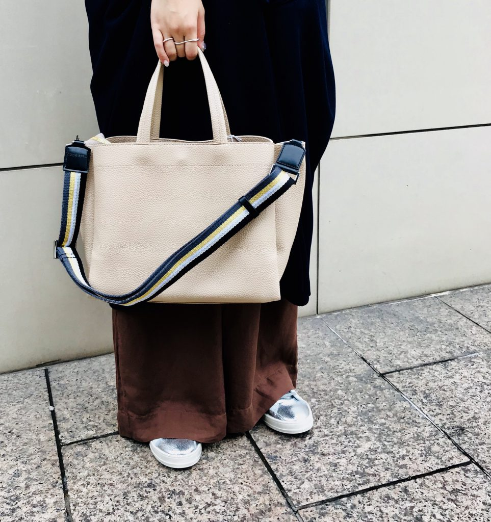 Scrap Book スクラップブック 有楽町マルイ 可愛い 2wayトートバッグ tote bag 合成皮革 肩掛けショルダー 斜め掛けショルダー 軽いバッグ