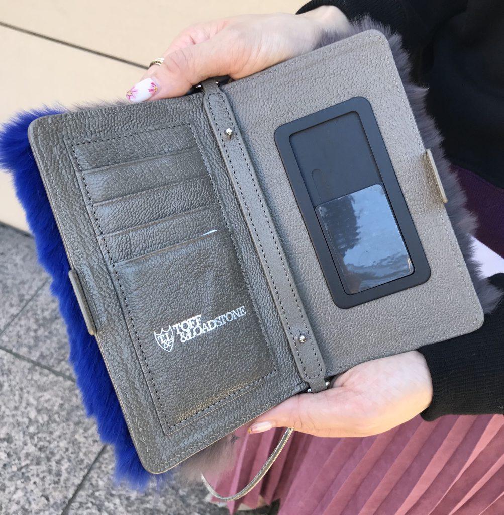 TOFF&LOADSTONE Scrap Book スクラップブック トフ&ロードストーン 有楽町マルイ 可愛い 日本製 日本ブランド スマホケース チェーン付きスマホケース レッキスファー リザード型押し
