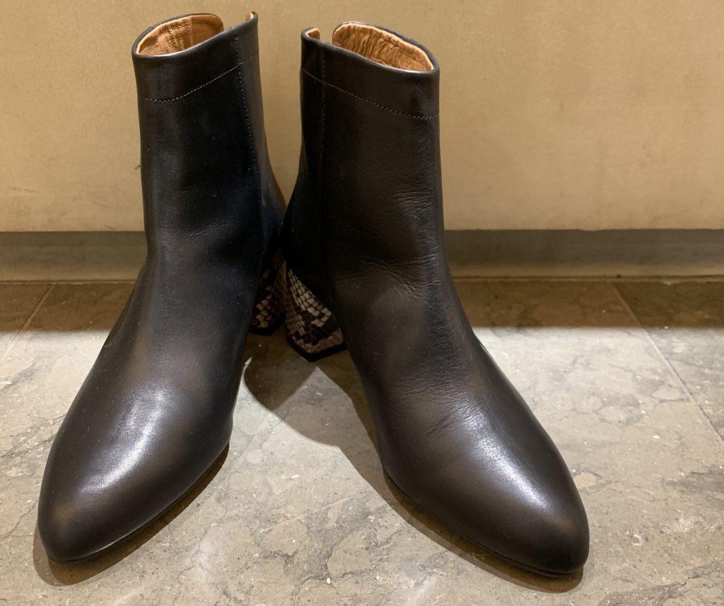 Scrap Book スクラップブック 有楽町マルイ 可愛い boots ブーツ パイソン 日本製 履きやすい 後ろファスナー