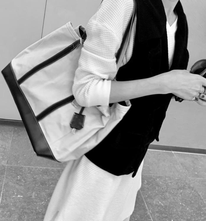 atneK Scrap Book スクラップブック アトネック 有楽町マルイ 可愛い 日本人 男性デザイナー 倉敷 倉敷市 倉敷帆布 オイル加工 日本ブランド トートバック ショルダーバッグ