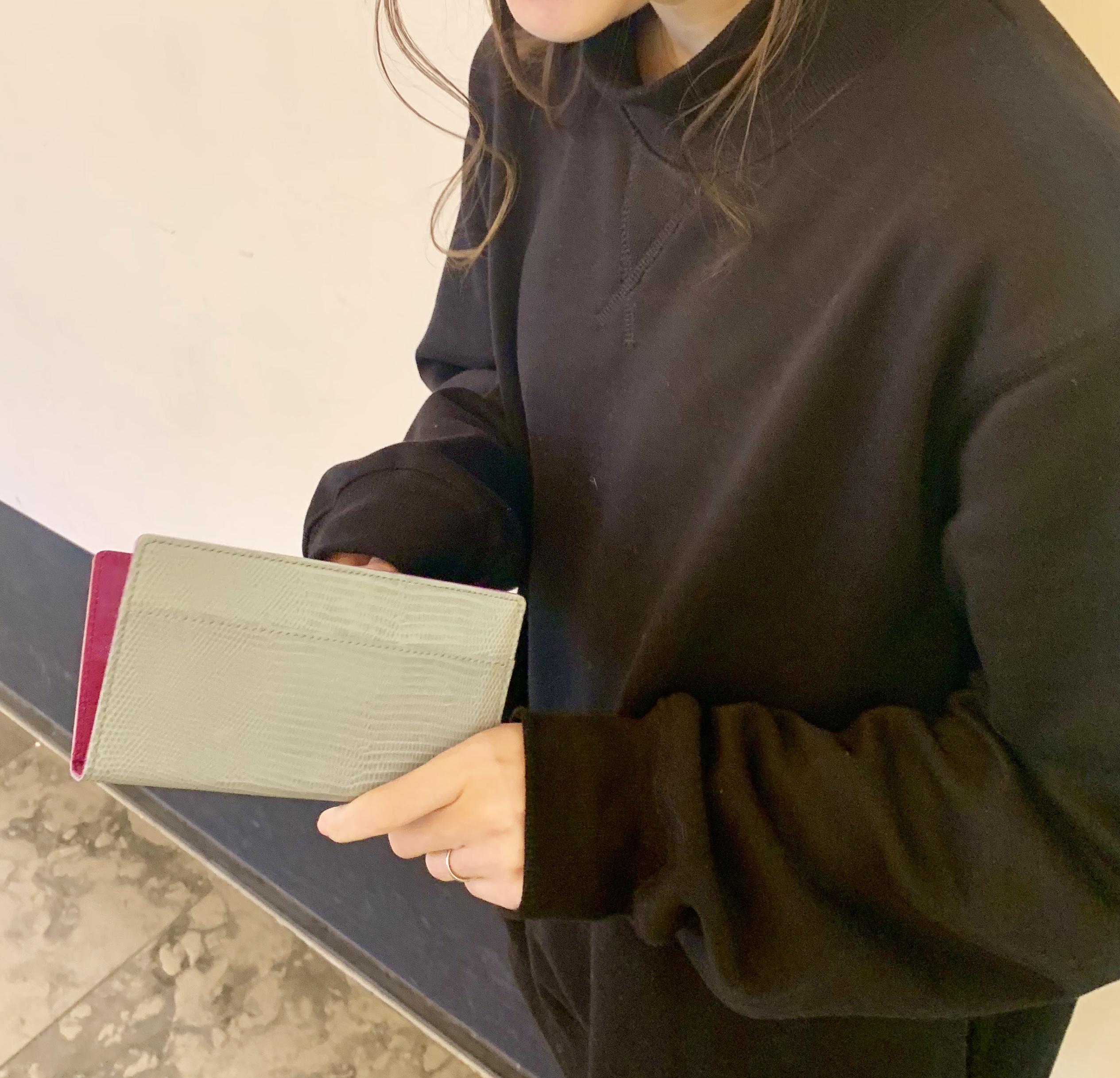 TOFF&LOADSTONES トフアンドロードストーン crap Book スクラップブック 有楽町マルイ 可愛い 牛革 型押し スマートフォンケース 全機種対応 日本ブランド 日本製 日本人職人