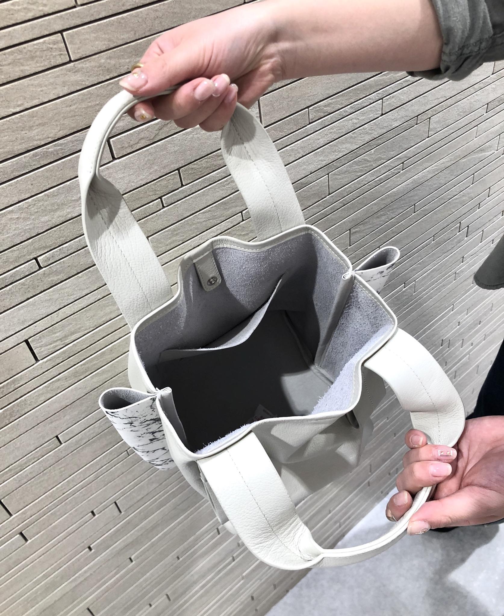 スクラップブック scrapbook  池袋東武セレクトショップ 可愛い カワイイ 可愛い アトネック atneK 星 カバン 鞄 バッグ 軽い 春 新作