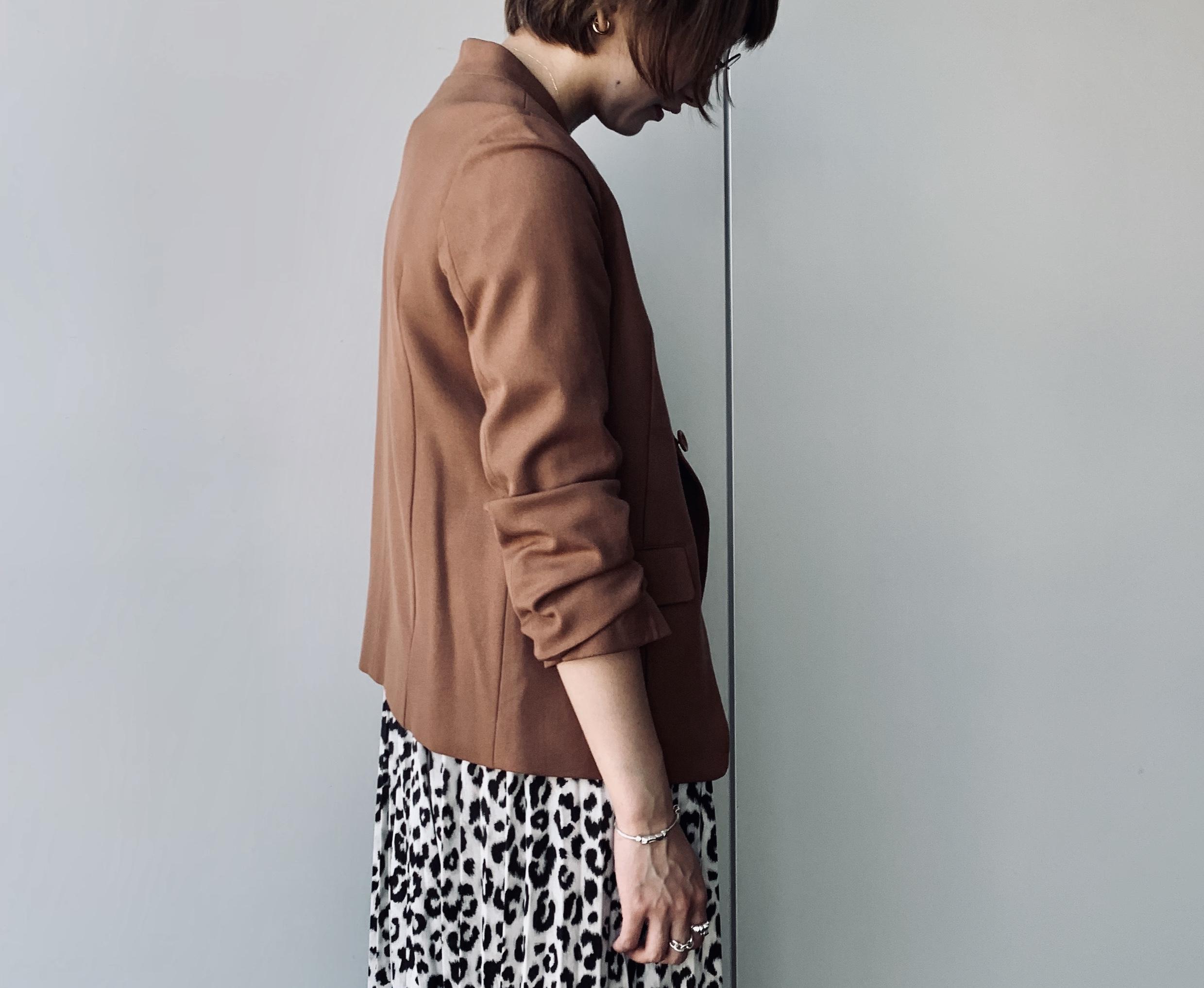 Haru's ami ハルズアミ ScrapBook スクラップブック 有楽町 有楽町マルイ 可愛い 茶色 黒 brown black 日本製 日本ブランド 福岡 ノーカラージャケット テーラードジャケット 着やすい シンプル simple