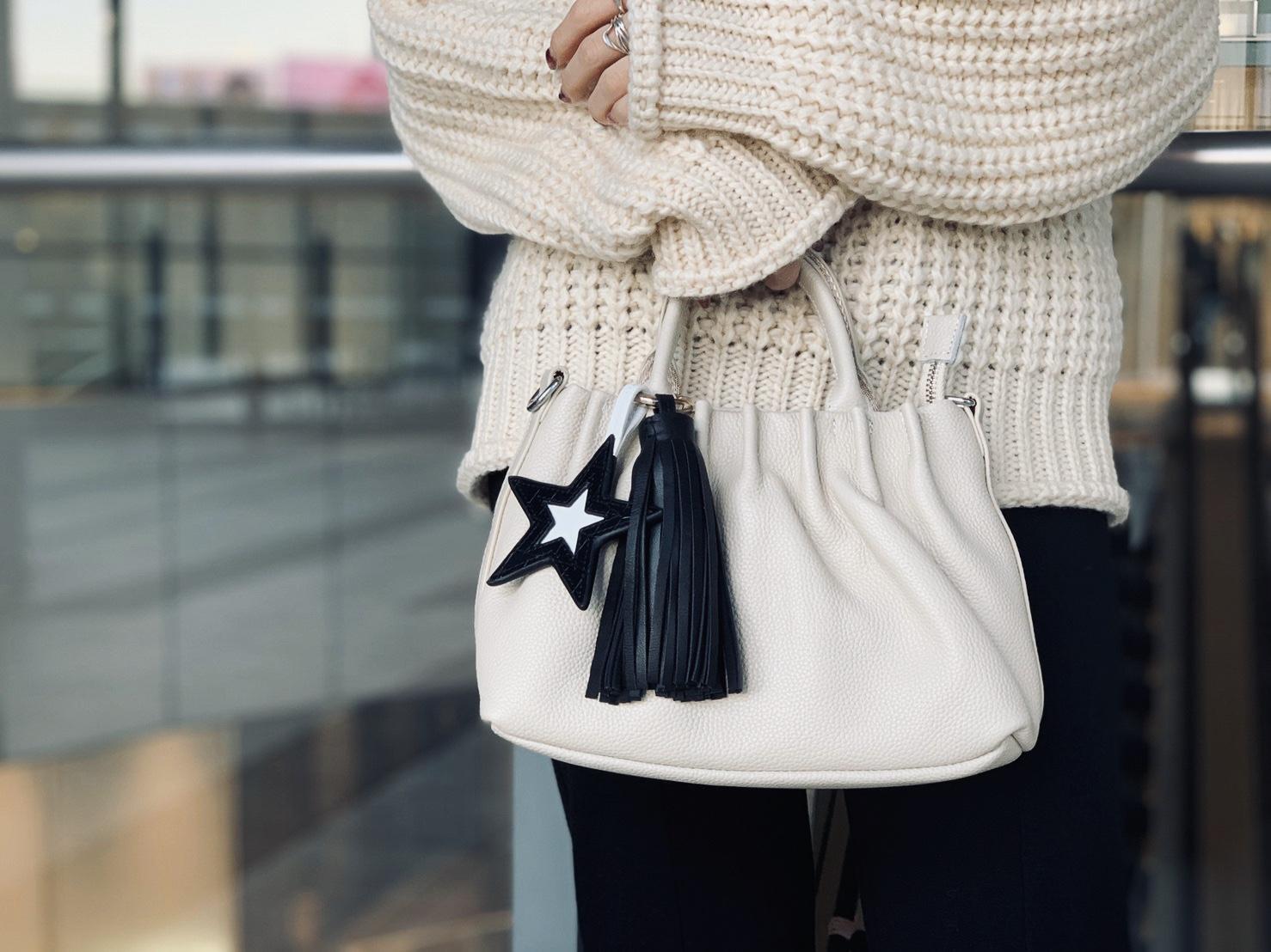 スクラップブック 渋谷 ヒカリエ バッグ bag ショルダーバッグ ハンドバッグ 2way 牛革 小さめ