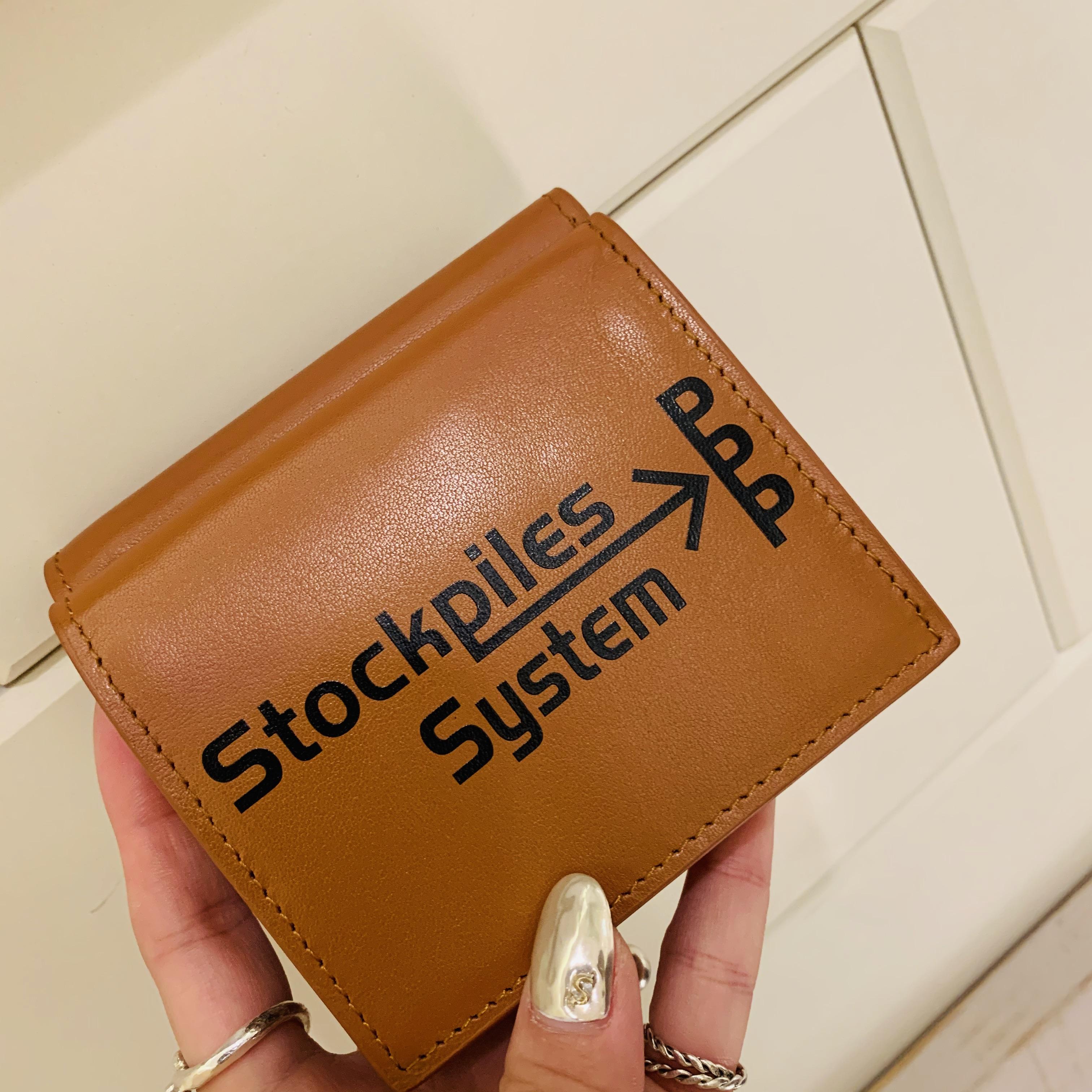 スクラップブック 渋谷 ヒカリエ イントキシック intoxic. 財布 ウォレット 3つ折り財布 2つ折り財布 小さめ財布 小ぶり