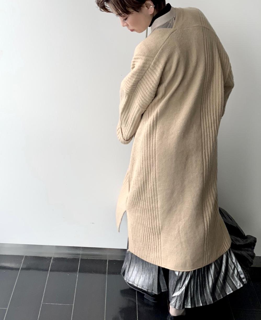 ScrapBook スクラップブック 有楽町 有楽町マルイ ニットカーディガン ロングカーディガン ベージュ ふんふわ 温かい 可愛い きれいめ こなれ感 袖 首 Vカット サイドスリット レイヤード ポケット