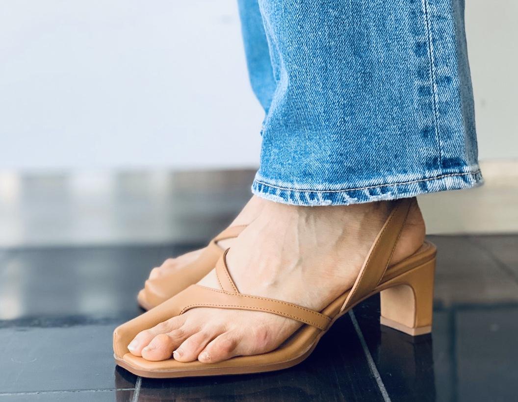 Le Vernis ルベル二 ScrapBook スクラップブック有楽町 有楽町マルイ 可愛い きれいめ サンダル ヌーディー nudie tongs sandal