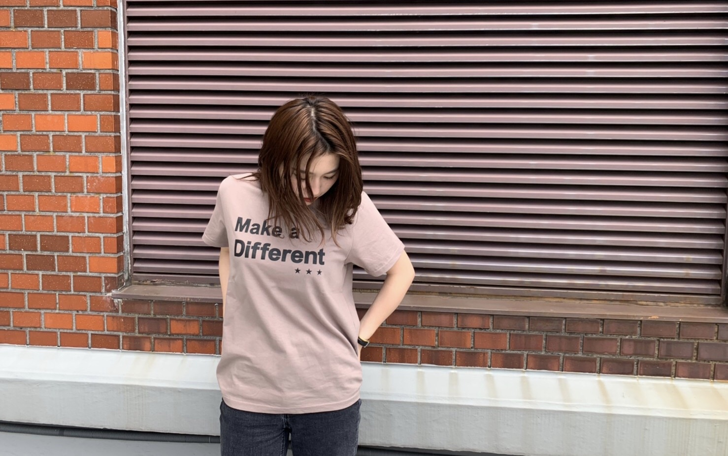 Scrap Book スクラップブック 韓国製 ロゴプリント コットン素材 三つ星 オリジナルTシャツ 半袖Tシャツ
