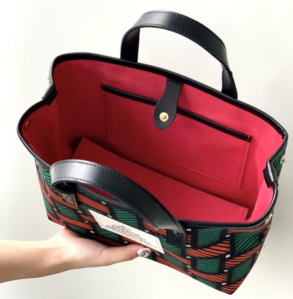intoxic. イントキシック scrap book スクラップブック トートバッグ tote bag ハンドバッグ handbag